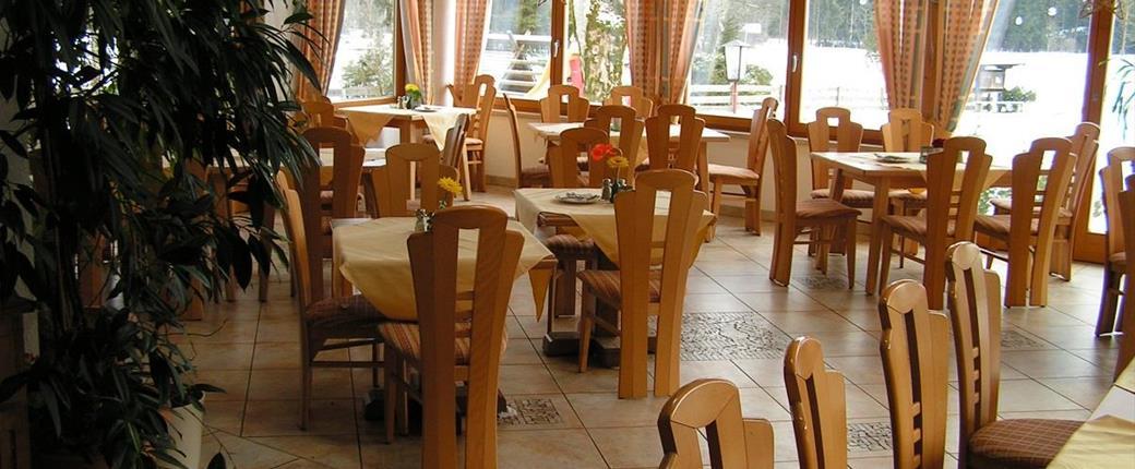 Hotel Neunbrunnen v Maishofenu - all inclusive